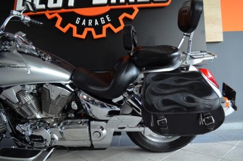 HONDA VTX1300 MAX Ubrany Kufry Lightbar Kanapa ULTIMATE Super Stan !!! 2009r