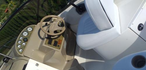 MOTORÓWKA BAYLINER CIERA 2455 24′ SILNIK MERCRUISER 5.7L V8 250HP NAPĘD BRAWO 3